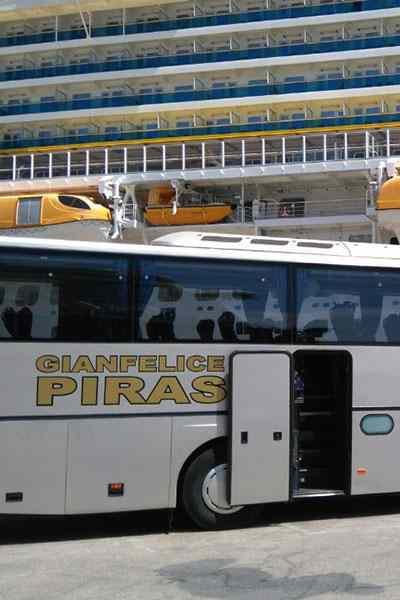 Escursioni autobus turistici